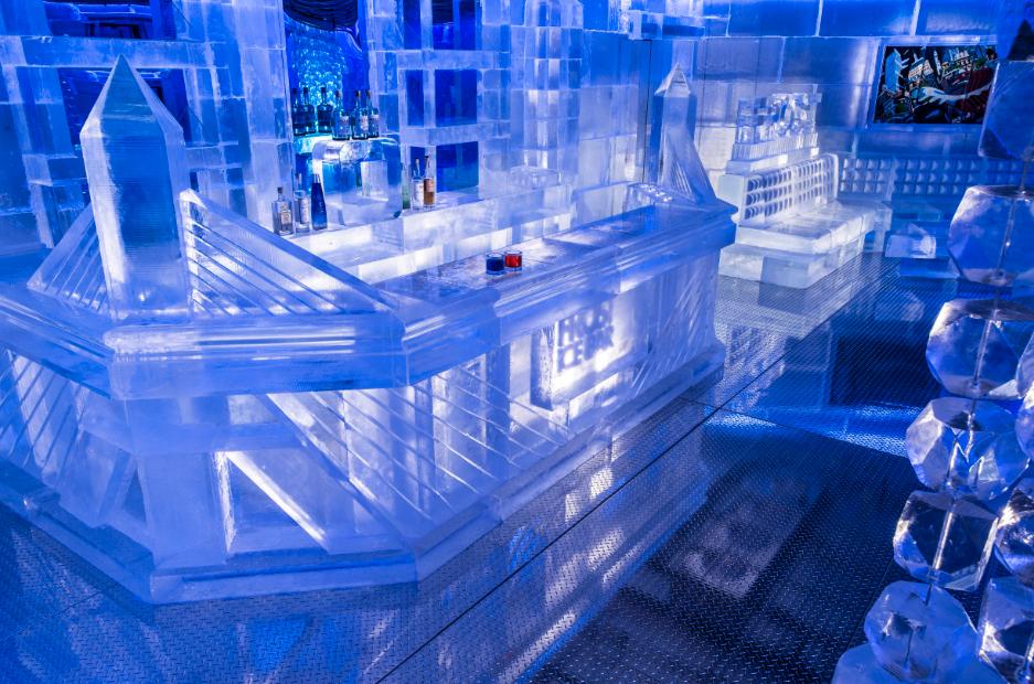 World S Largest Ice Bar Opens In Boston Lgbtq Travel Blog
